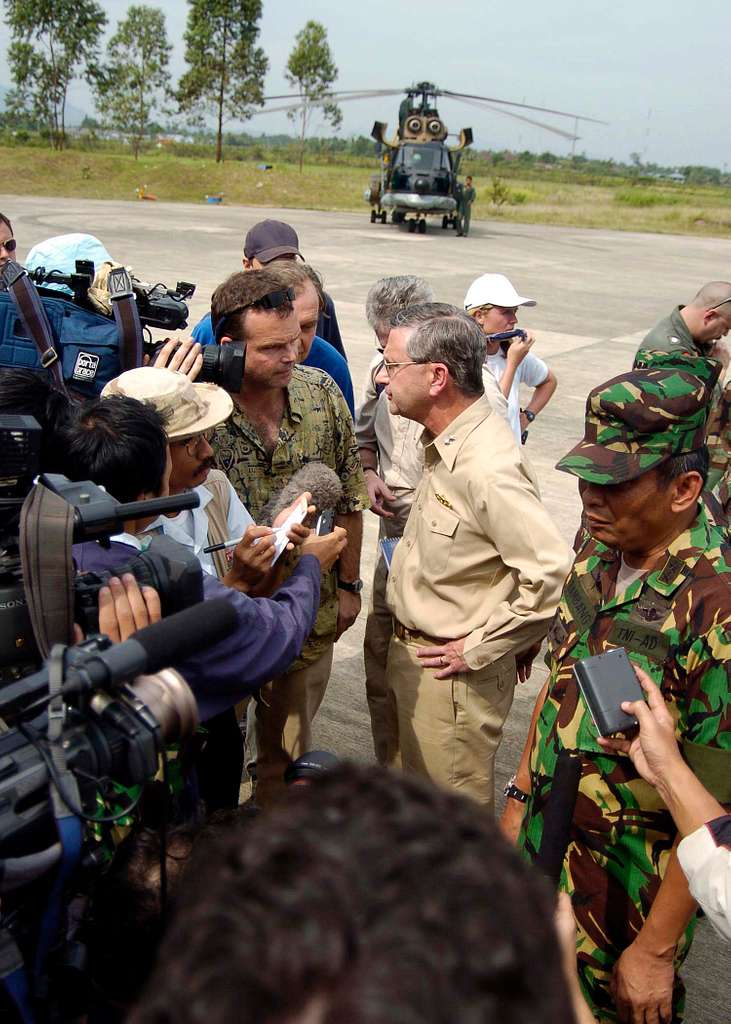 Commander, Carrier Strike Group Nine (CSG-9), Rear Adm. Doug Crowder, along with Indonesian Army Gen. Bambang speak with media about the U.S. humanitarian aide efforts in Aceh, Sumatra, Indonesia.