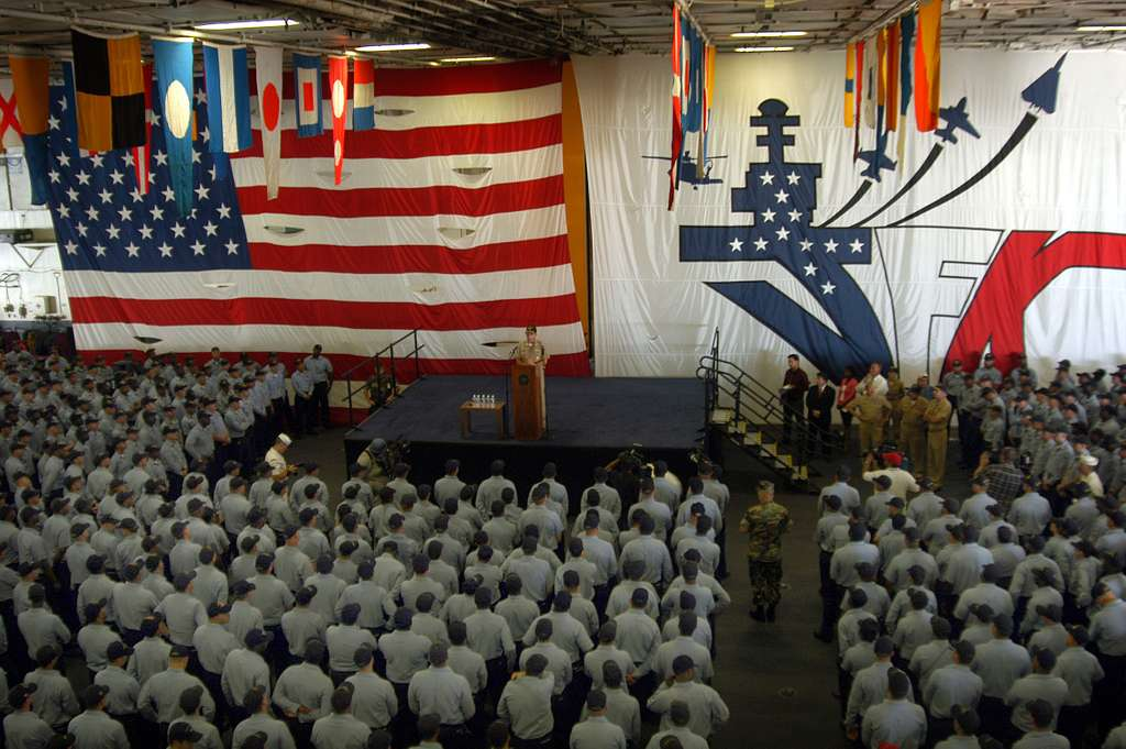 Chief of Naval Operations Adm. Mike Mullen speaks to Sailors during an all hands call for E-6 and below Sailors of Naval Station Mayport .
