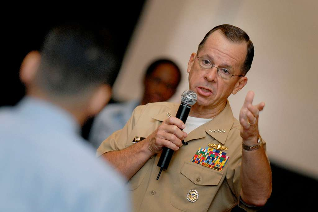 Chief of Naval Operations (CNO) Adm. Mike Mullen answers a ...