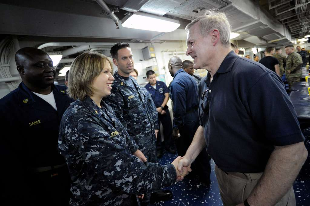 Secretary of the Navy (SECNAV) the Honorable Ray Mabus visits with Sailors and Marines aboard USS Bataan (LHD 5).