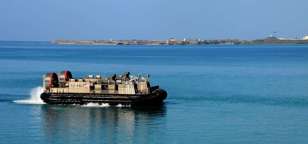 A landing craft air cushion (LCAC) assigned to Assault Craft Unit (ACU) 4 departs Guantanamo Bay, Cuba after off-loading Marine vehicles.