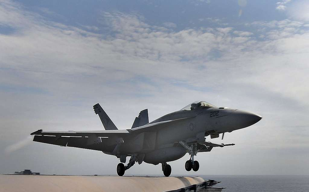 An F/A-18 Super Hornet from the Sunliners of Strike Fighter Squadron (VFA) 81 launches from the aircraft carrier USS Carl Vinson (CVN 70).
