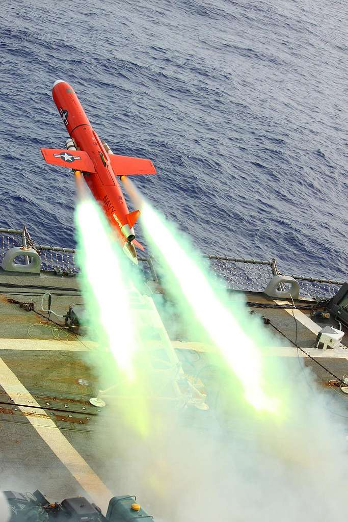 A BQM-74E drone launches from the flight deck of the Arleigh Burke-class guided-missile destroyer USS Lassen (DDG 82) during a Valiant Shield 2010 missile exercise.