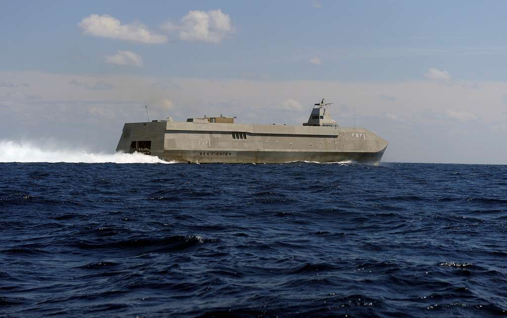R/V Sea Fighter (FSF-1), an advanced technology demonstrator operated by the Office of Naval Research, performs a high-speed run off the coast of Fort Lauderdale, Fla.