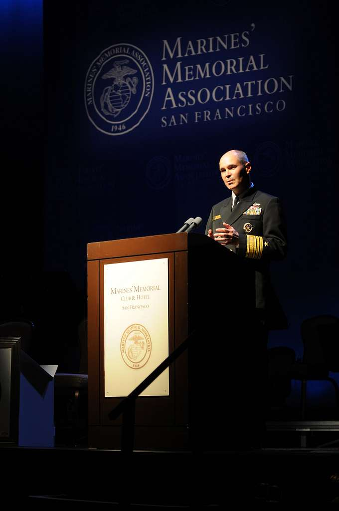Vice Adm. Richard W. Hunt, commander of U.S. 3rd Fleet, speaks during the San Francisco Fleet Week 2010 Consular Corporate Reception