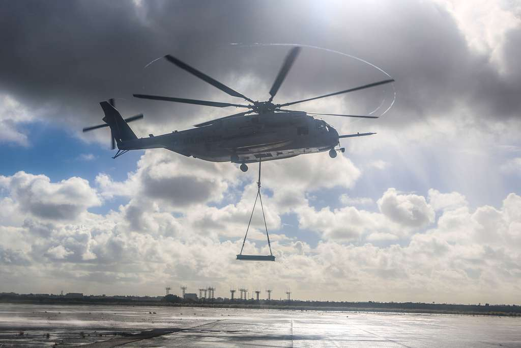 A CH-53E Super Stallion with Marine Heavy Helicopter Squadron (HMH) 465 carries a simulated cargo load of 6,200 pounds aboard Marine Corps Air Station Miramar, Calif.